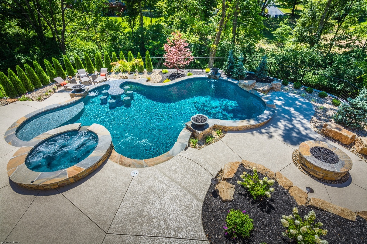 Baker Pool uses Mobile Forms to build and maintain pools